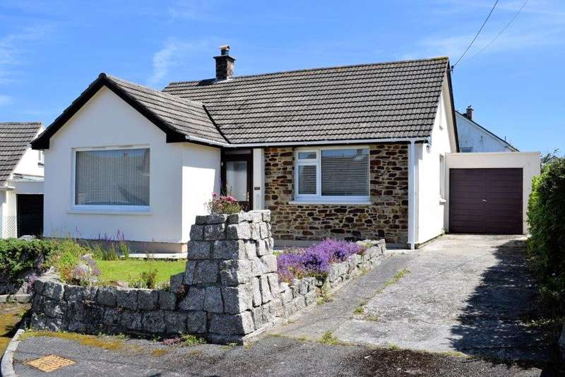 3 Bedrooms Detached Bungalow for sale in Tregellast Close, St Keverne