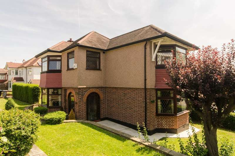 4 Bedrooms Detached House for sale in Parkside, Gladstone Park, NW2