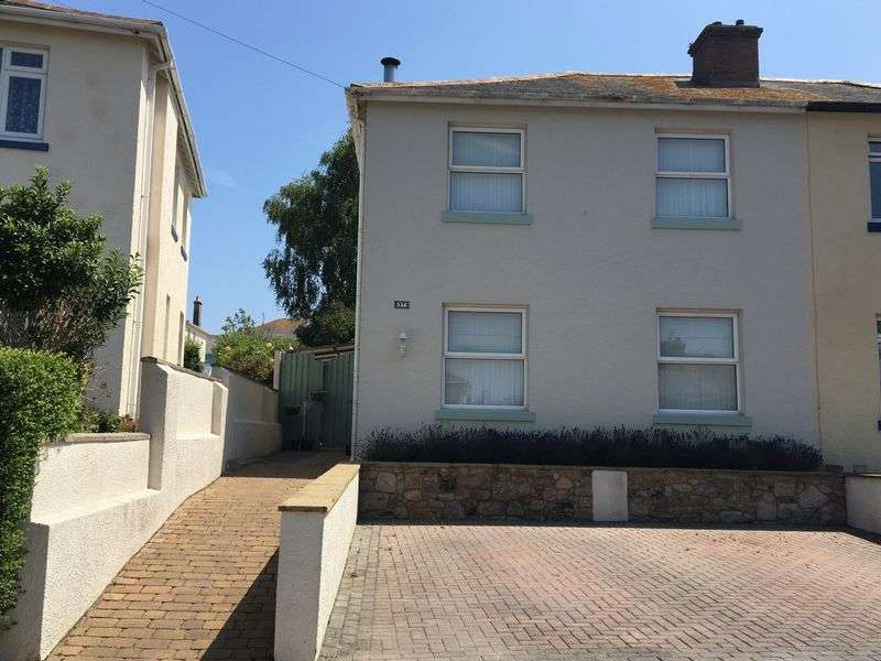 3 Bedrooms Detached House for sale in Empire Road,