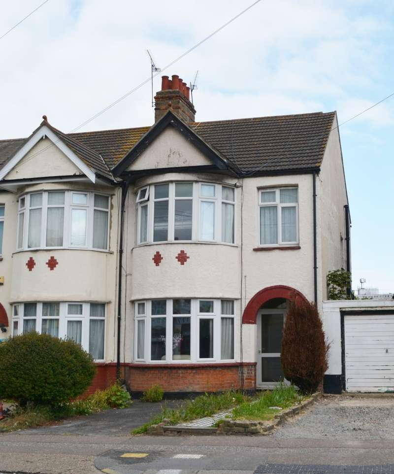3 Bedrooms End Of Terrace House for sale in Hamstel Road, Southend-on-Sea, Essex, SS2 4PQ