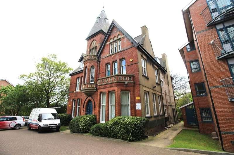 1 Bedroom Flat for sale in Clarendon Road, Leeds, LS2
