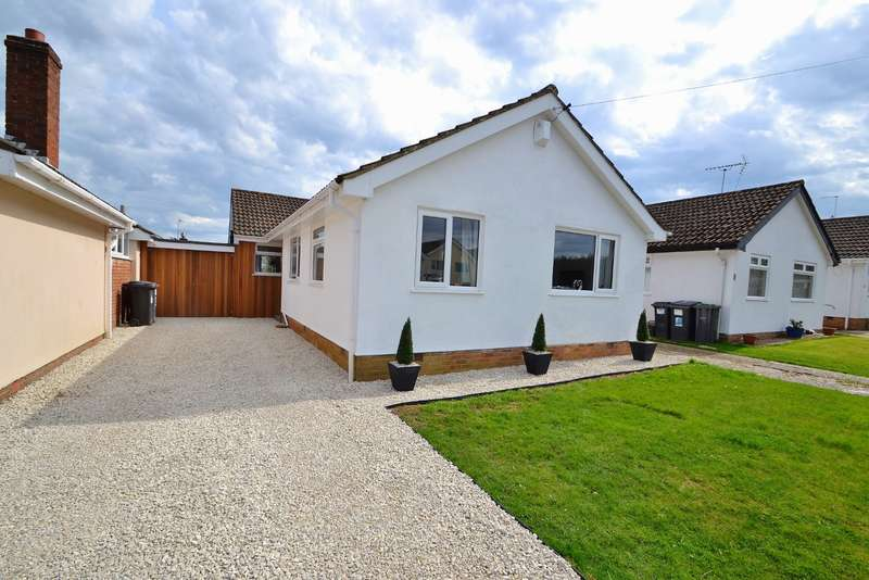 3 Bedrooms Bungalow for sale in Bearwood