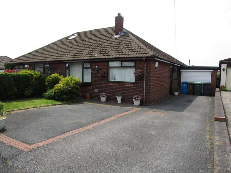 3 Bedrooms Bungalow for sale in Netherhouse Road, High Crompton, Shaw