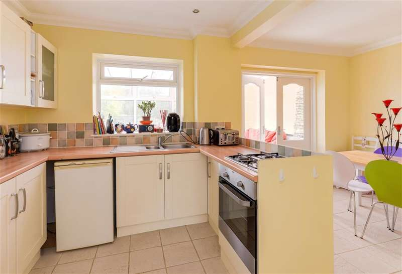 3 Bedrooms End Of Terrace House for sale in Ford Road, Arundel, West Sussex