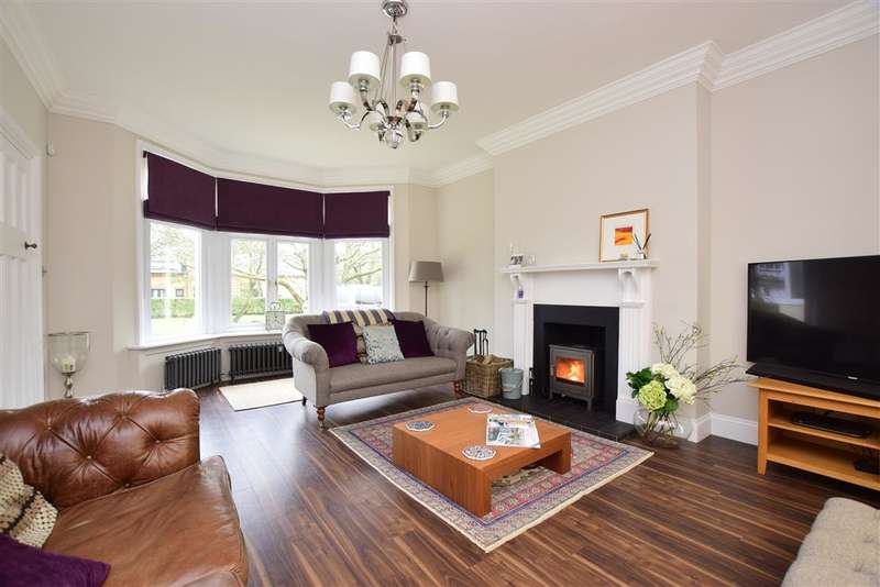 4 Bedrooms Detached House for sale in Grasmere Road, Whitstable, Kent