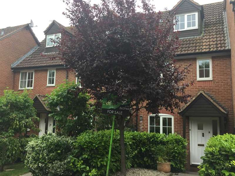 3 Bedrooms House for sale in Dewell Mews, Old Town, Swindon