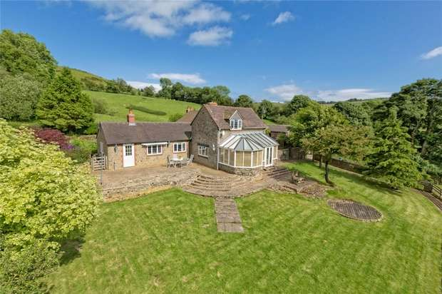 2 Bedrooms Cottage House for sale in Highcroft, Woodbank, Abdon, Shropshire