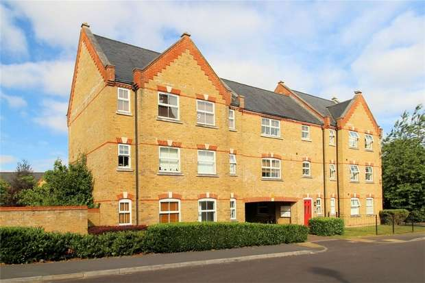 1 Bedroom Maisonette Flat for sale in Knaphill, Woking, Surrey