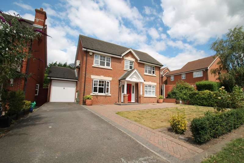 4 Bedrooms Detached House for sale in STALHAM WAY, HAINAULT/CHIGWELL BORDERS