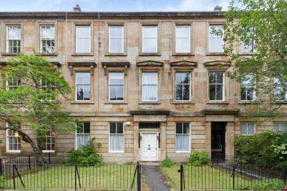 3 Bedrooms Flat for sale in Lawrence Street, Dowanhill