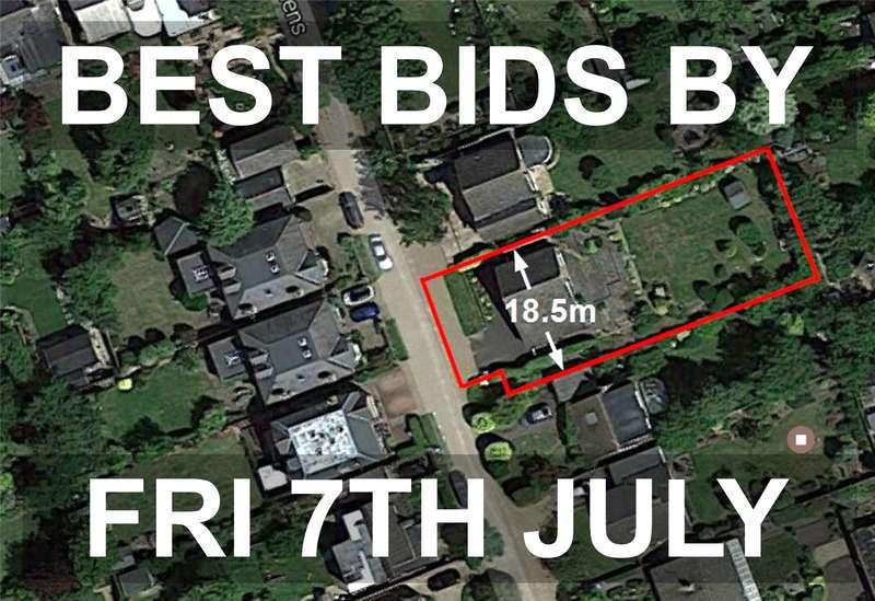 Detached House for sale in St. Albans Gardens, Teddington, TW11