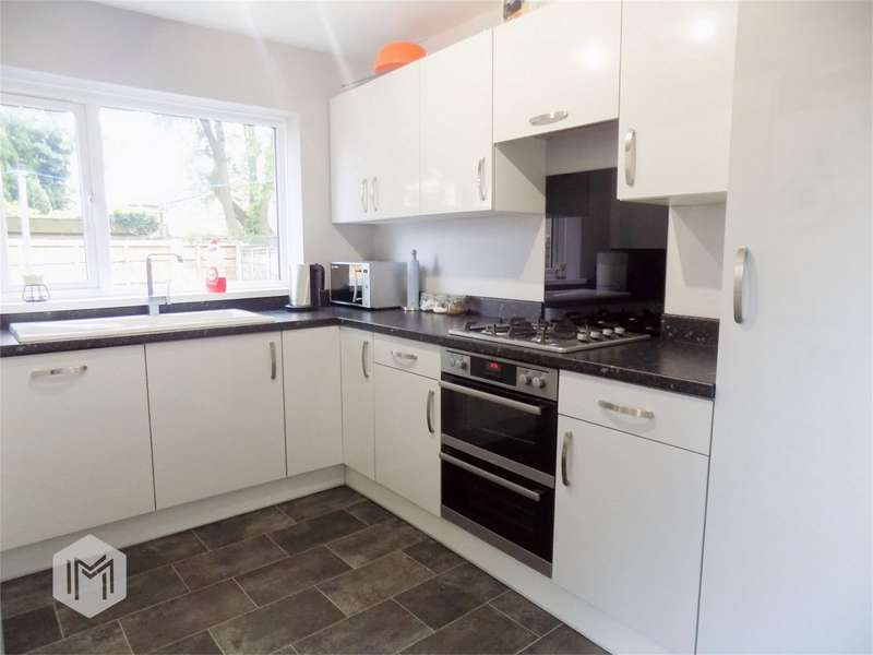 2 Bedrooms Terraced House for sale in Wesley Street, Westhoughton, Bolton, Lancashire