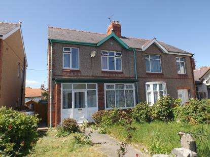 3 Bedrooms Semi Detached House for sale in Rhuddlan Road, Rhyl, Denbighshire, LL18