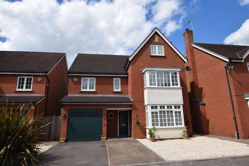 6 Bedrooms Detached House for sale in Hampton Lane, Catherine-De-Barnes