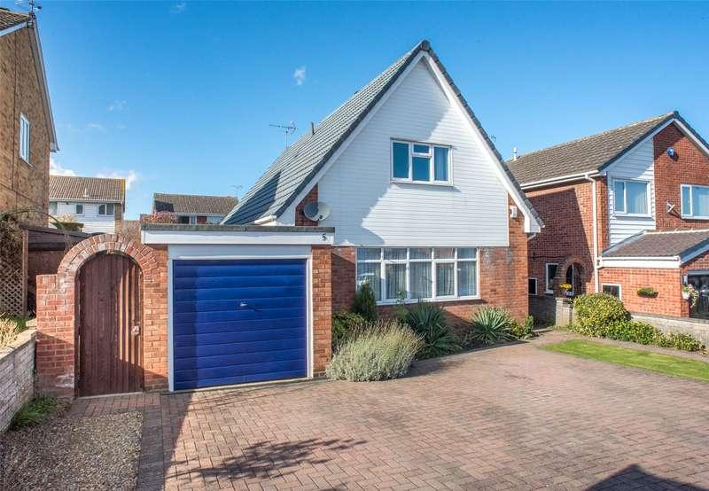 4 Bedrooms House for sale in Eversley Court, Sherburn in Elmet, Leeds, LS25
