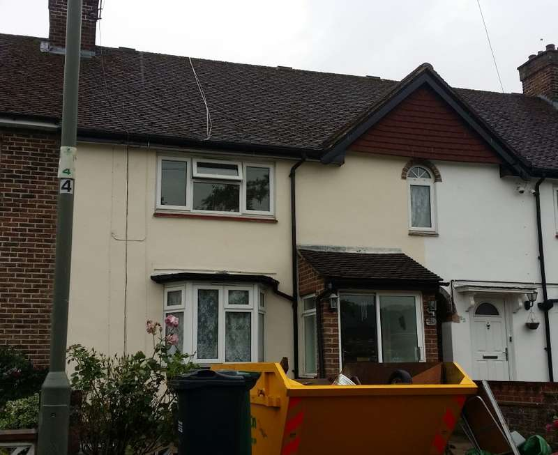 3 Bedrooms Terraced House for sale in Colesmead Road, Redhill, Surrey, RH1 2EW