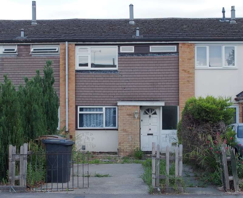 3 Bedrooms Terraced House for sale in Little Berries, Luton, Bedfordshire, LU3 3ND