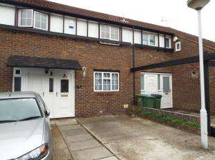 3 Bedrooms Terraced House for sale in Whimbrel Close, London