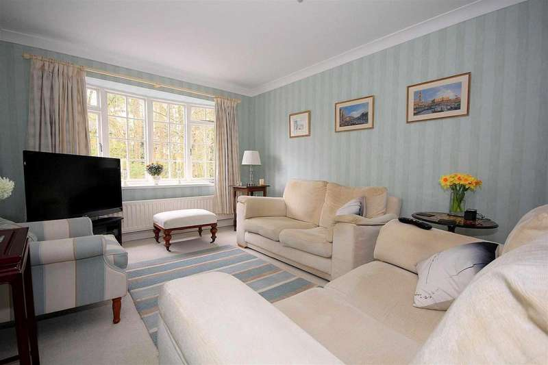 4 Bedrooms Town House for sale in 4 BEDS WITH GARAGE - OVER 1280 SQ FT - GLENDALE, BOXMOOR, HP1