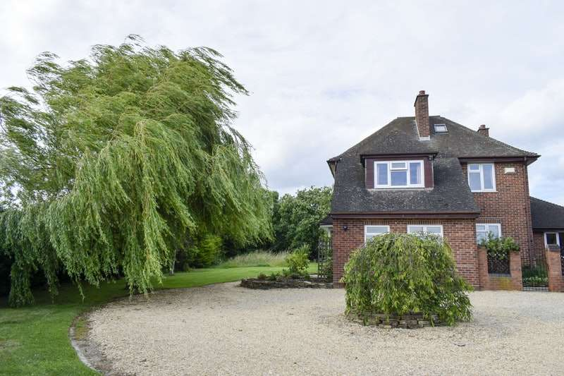 4 Bedrooms Detached House for sale in Eckington Road, Birlingham, Worcestershire, WR10