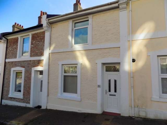 2 Bedrooms Terraced House for sale in Highbury Road, Torquay
