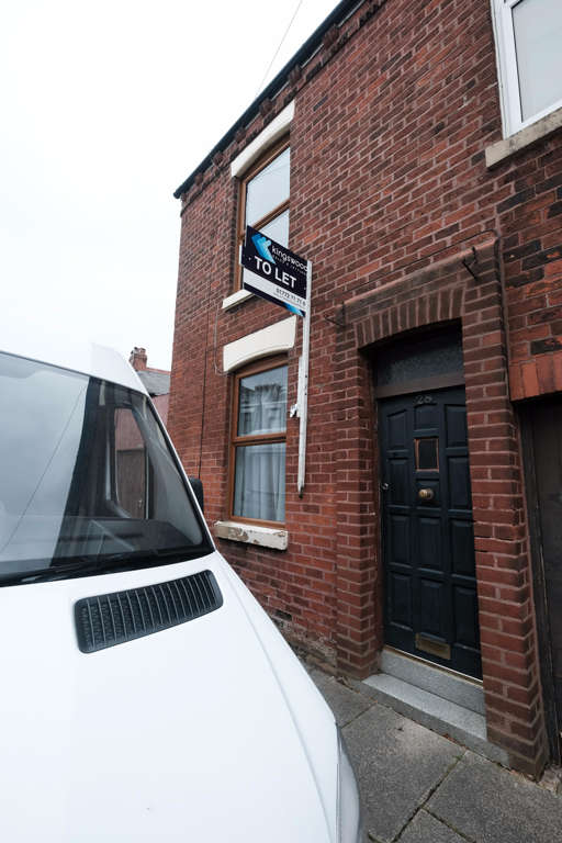 2 Bedrooms End Of Terrace House for sale in Elgin Street, Preston, PR1