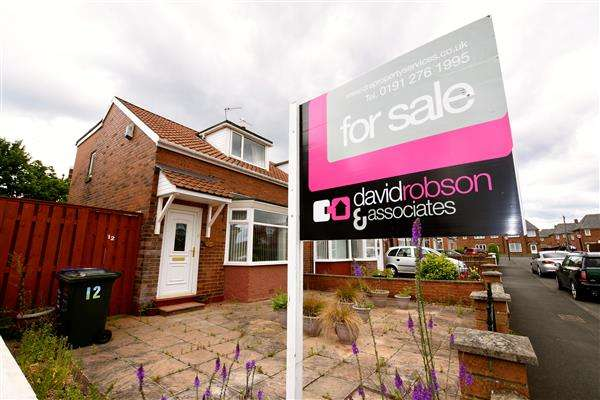 2 Bedrooms Bungalow for sale in Southfield Terrace, Newcastle upon Tyne