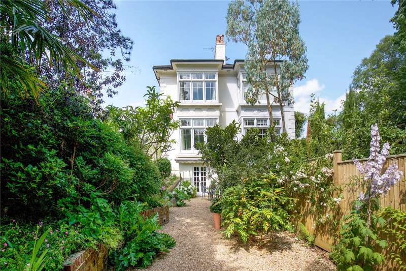4 Bedrooms House for sale in St. Georges Lane, Hurstpierpoint, West Sussex, BN6