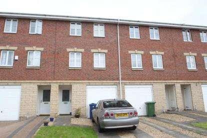 4 Bedrooms Terraced House for sale in Raeburn Avenue, Paisley, Renfrewshire
