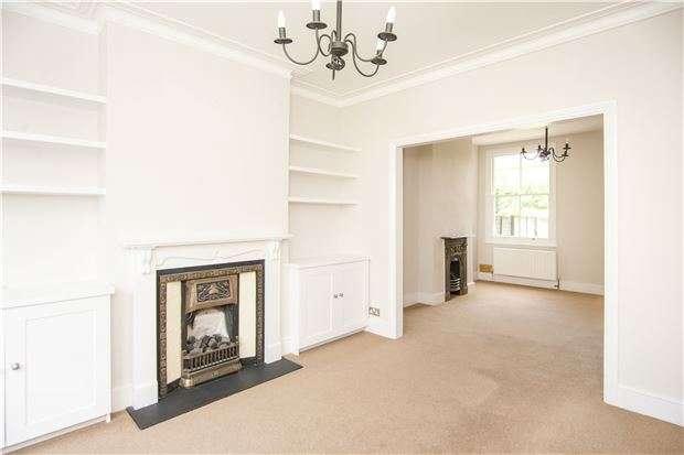 4 Bedrooms Terraced House for sale in Astonville Street, LONDON, SW18 5AJ
