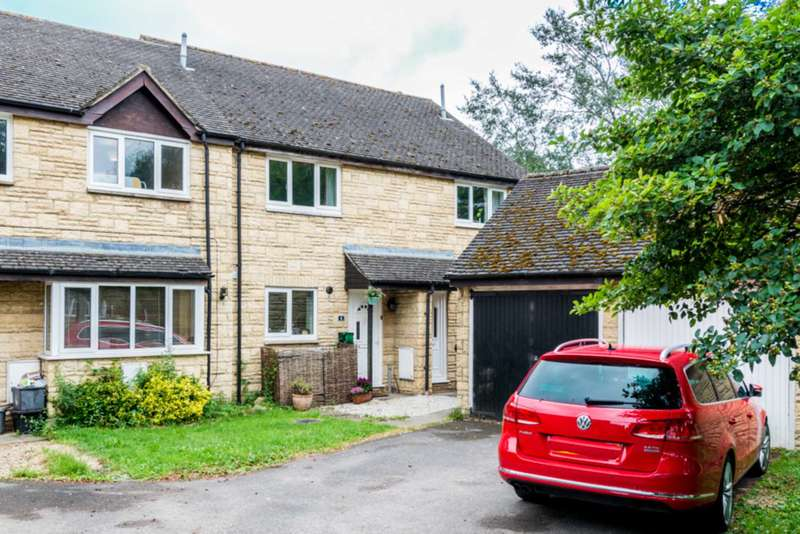 2 Bedrooms Terraced House for sale in Burwell Meadow, Witney