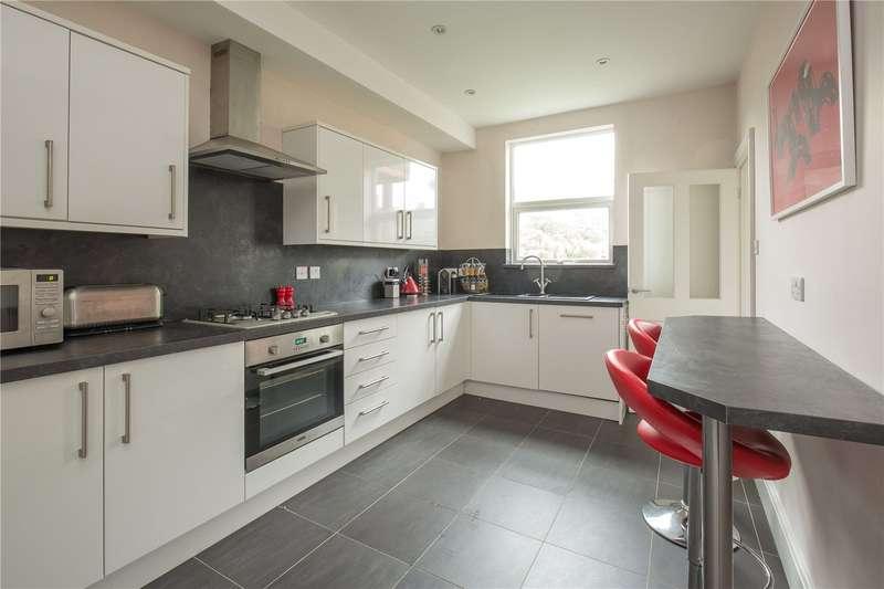 2 Bedrooms Maisonette Flat for sale in Leslie Road, East Finchley, London, N2