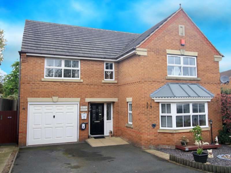 4 Bedrooms Detached House for sale in Crabtree Road, Walsall, West Midlands, WS1