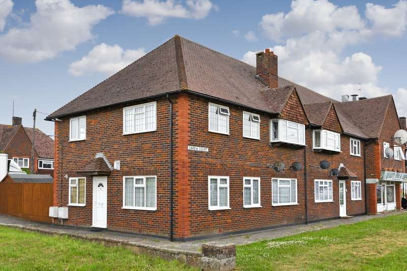 2 Bedrooms Flat for sale in Hawkswood Road, Hailsham, East Sussex, BN27