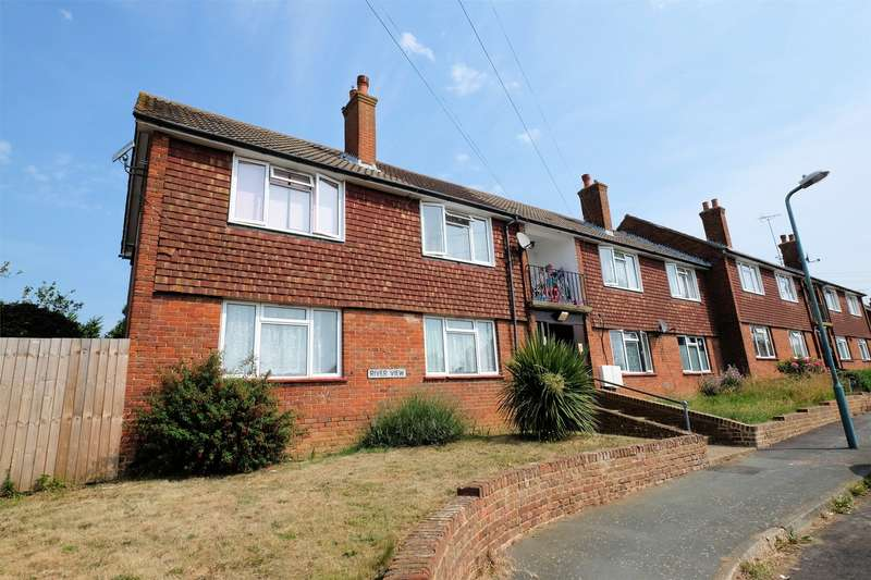2 Bedrooms Flat for sale in River View, Sturry, CANTERBURY, Kent