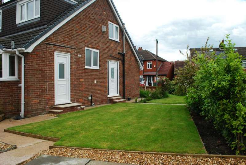 4 Bedrooms Semi Detached House for sale in Babbacombe Road, Offerton, Stockport, SK2 6AZ