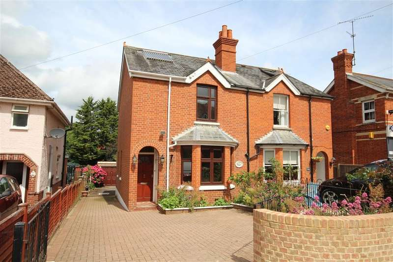 3 Bedrooms Semi Detached House for sale in Victoria Road, Wargrave, RG10