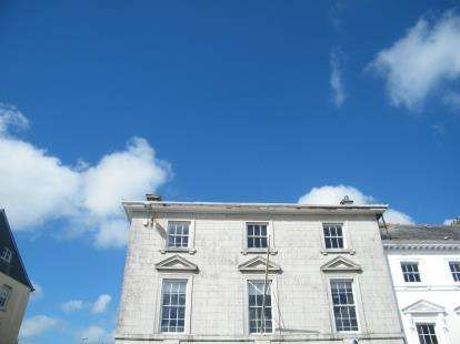2 Bedrooms Flat for sale in Liskeard, Cornwall