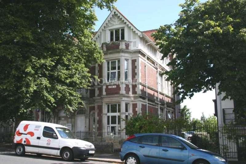 2 Bedrooms Maisonette Flat for sale in Albert Road, Stoke, PL2 1AB