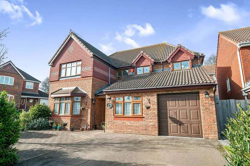 4 Bedrooms Detached House for sale in Beaulieu Drive, Stone Cross, Pevensey, BN24