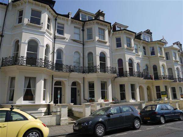 Studio Flat for rent in St Aubyns, Hove