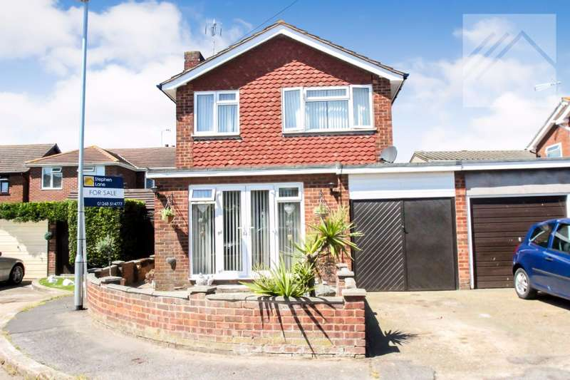 3 Bedrooms Detached House for sale in Beck Farm Close, Canvey Island - A FAMILY HOME