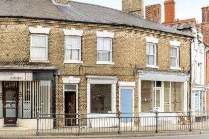 1 Bedroom Flat for sale in High Street, Biggleswade, Bedfordshire