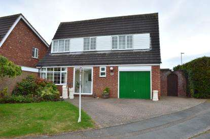 House for sale in Giles Road, Lichfield, Staffordshire