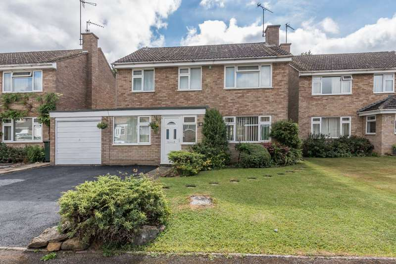 4 Bedrooms Detached House for sale in Schofields Way, Bloxham