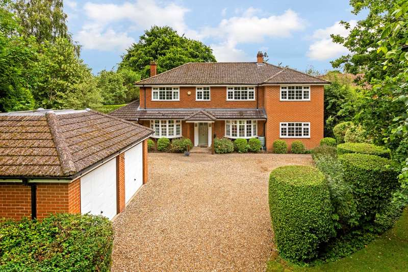 5 Bedrooms Detached House for sale in Meadway, Berkhamsted