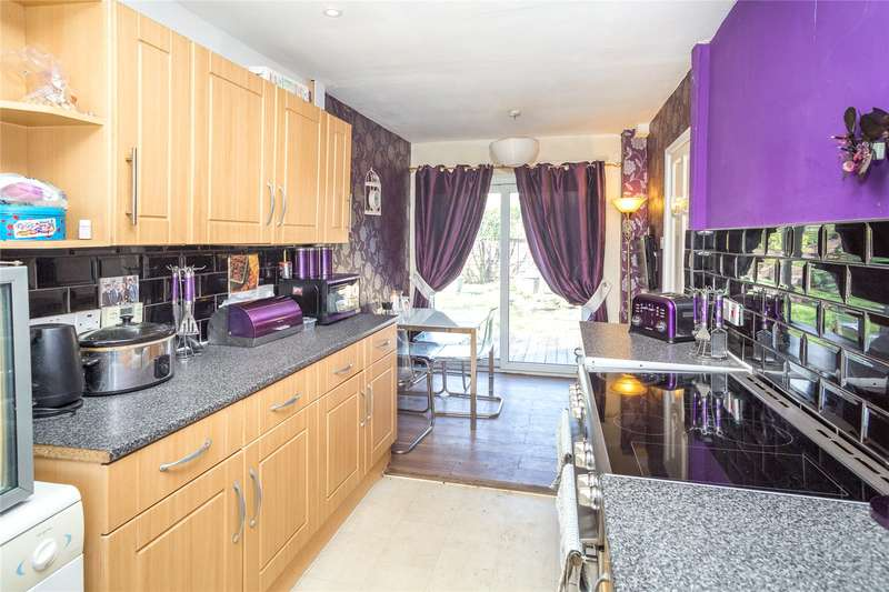 4 Bedrooms End Of Terrace House for sale in Doherty Walk, York, YO24