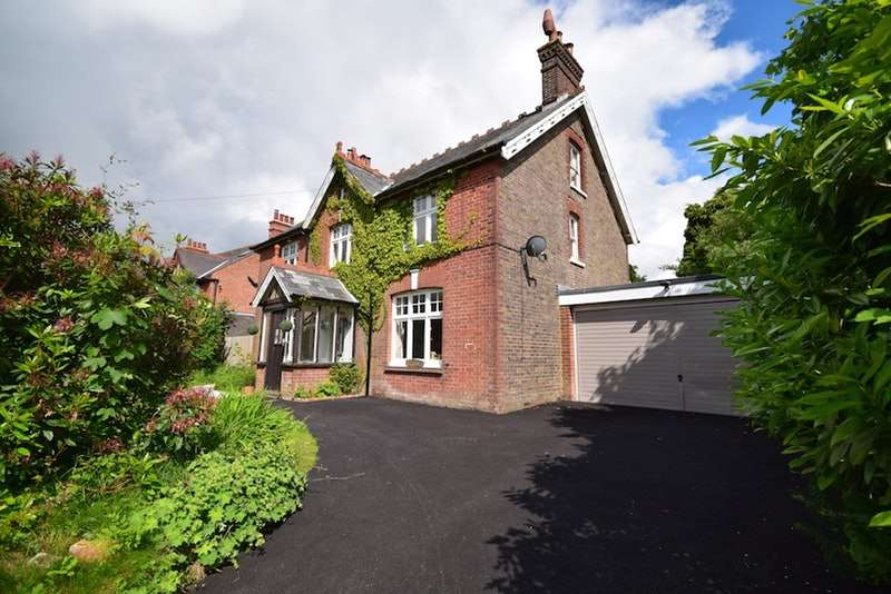 5 Bedrooms Detached House for sale in Pilmer Road, Crowborough, East Sussex, TN6