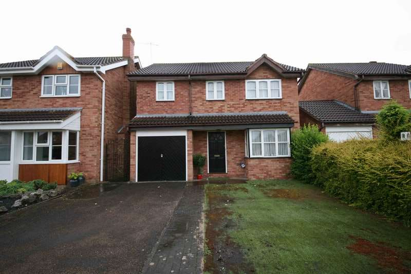 4 Bedrooms Detached House for sale in Hazel Avenue, Evesham, Worcestershire, WR11