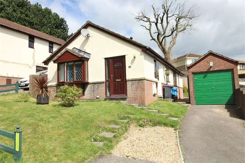2 Bedrooms Detached Bungalow for sale in Beechleigh Close, Greenmeadow, Cwmbran, NP44
